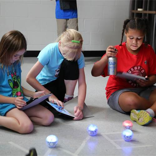 Maker Camp – For kids who love to build and code